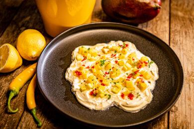 Mozzarella mit Mango und Honig